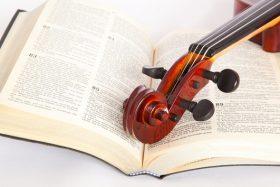 Bible-and-violin